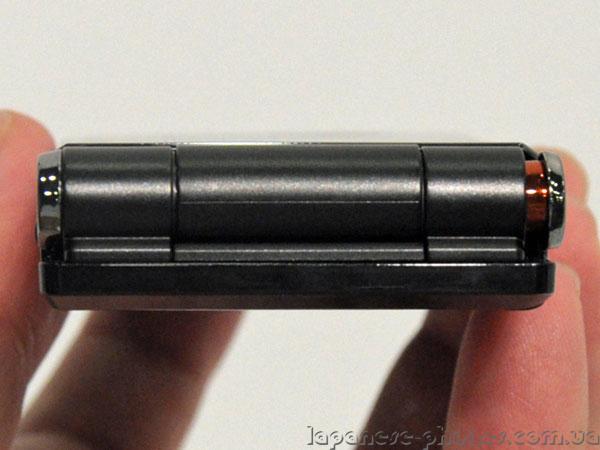Японский телефон (смартфон) DoCoMo Fujitsu F-04D
