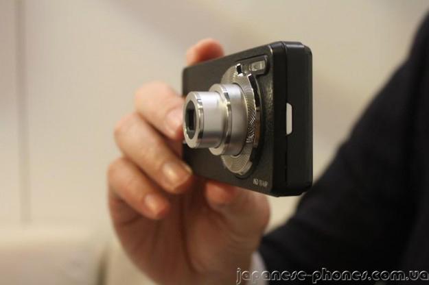 Смартфон Polaroid SC1630 Android HD Smart вид сбоку